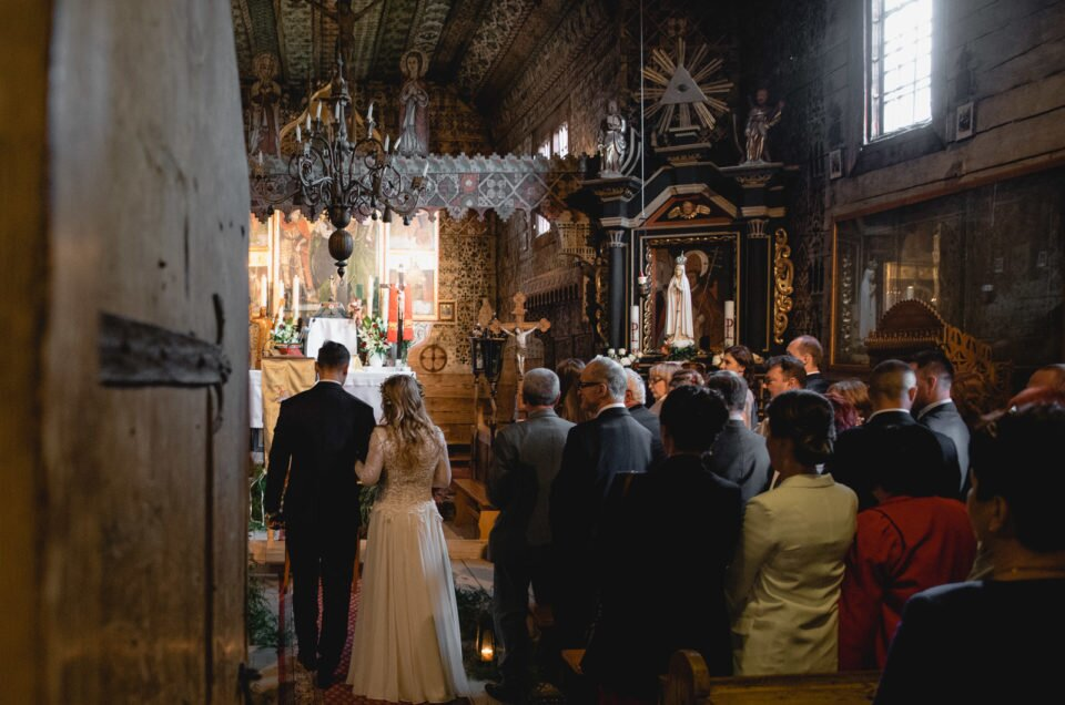 Rustic Wedding in old wooden church